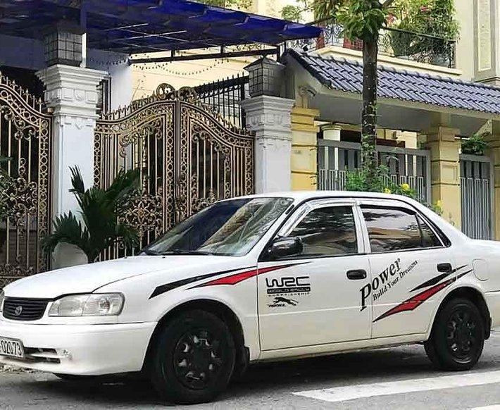 Bán Toyota Corolla năm sản xuất 2001, màu trắng còn mới, giá 115tr0