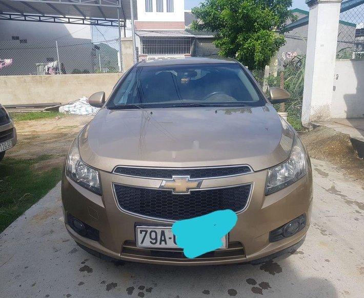 Cần bán xe Chevrolet Cruze sản xuất năm 2011, giá tốt0