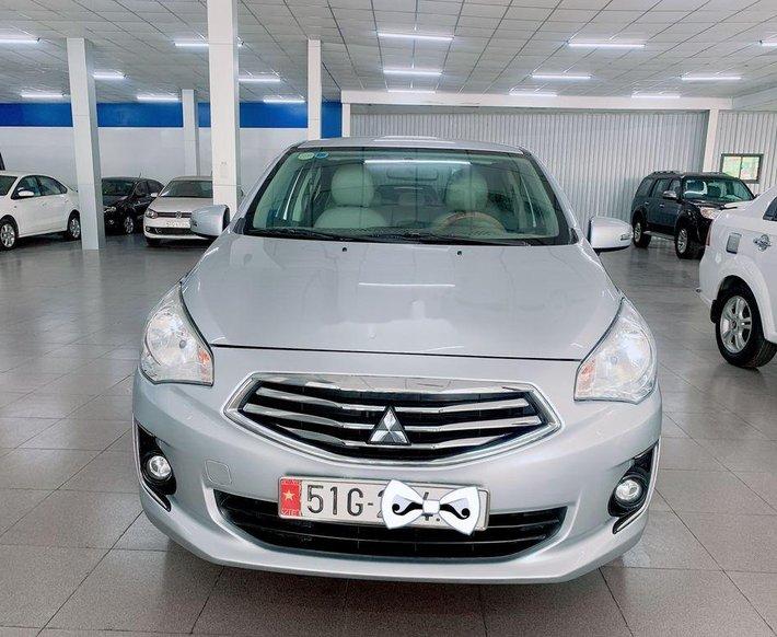 Cần bán Mitsubishi Attrage năm sản xuất 2016, màu bạc, nhập khẩu0