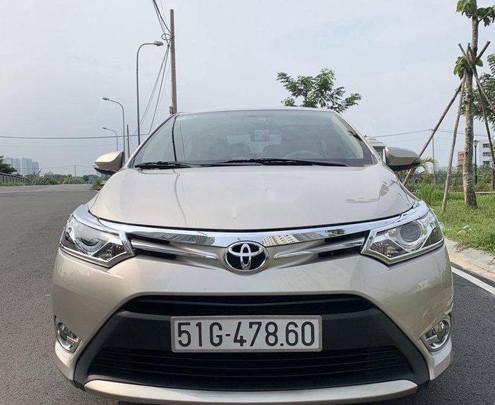 Bán Toyota Vios đời 2017, màu vàng cát, xe nhập0