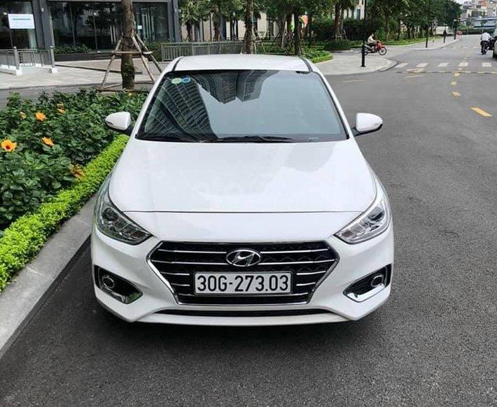 Bán xe giá thấp chiếc Hyundai Accent AT đời 2019, xe giá thấp, còn mới, động cơ ổn định0