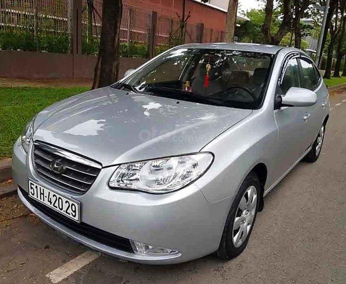 Cần bán xe Hyundai Elantra sản xuất năm 2008, màu bạc, xe nhập, 198tr0