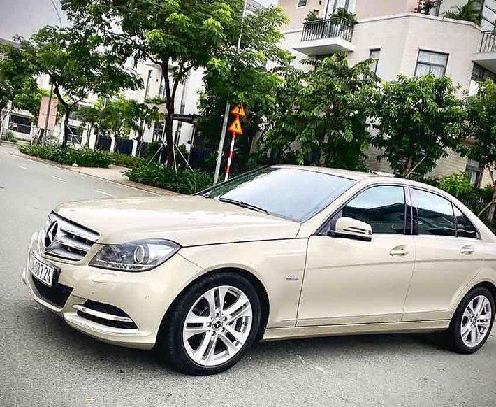 Bán ô tô Mercedes C200 năm 2012, nhập khẩu, giá tốt0