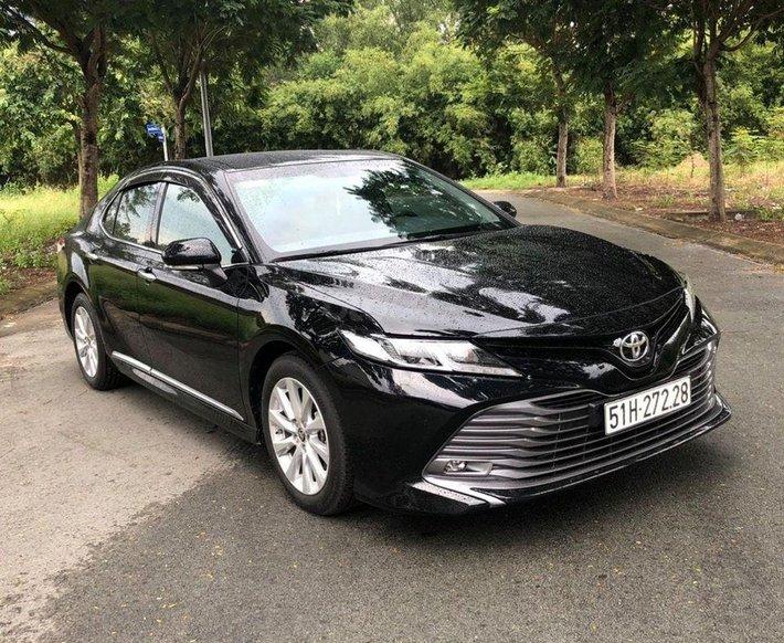 Bán xe Toyota Camry ĐK 2020, sản xuất 20190