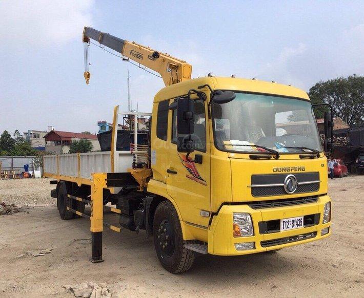 Xe gắn cẩu 5 tấn - Dongfeng B1800