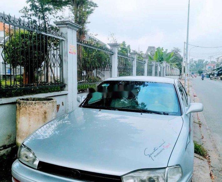 Bán xe Toyota Camry sản xuất năm 1993, màu bạc, nhập khẩu nguyên chiếc, 140 triệu0