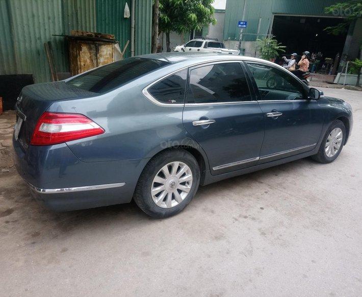 Chính chủ bán xe Nissan Teana 2.0 2010 giá cạnh tranh, xe rất mới0