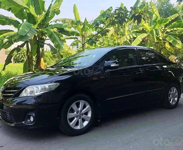Cần bán Toyota Corolla Altis năm sản xuất 2010, màu đen còn mới, giá chỉ 399 triệu0
