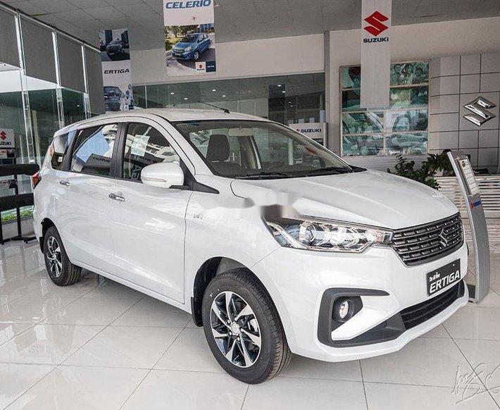 Cần bán xe Suzuki Ertiga sản xuất 2020, màu trắng, nhập khẩu nguyên chiếc0