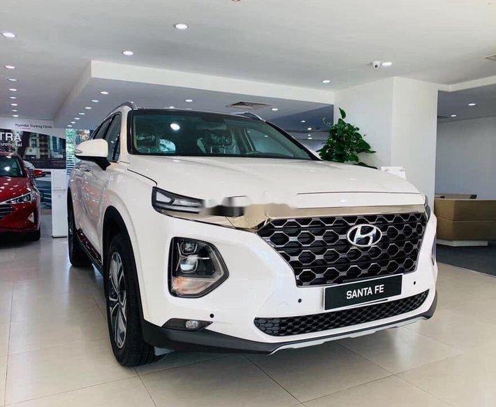 Bán xe Hyundai Santa Fe năm sản xuất 2020, màu trắng0