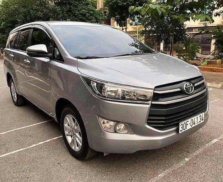 Bán xe Toyota Innova năm 2017 như mới, 680tr0