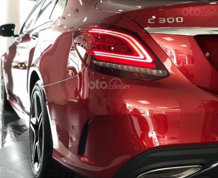 Mercedes C300 AMG 2021, giảm tiền mặt trực tiếp cùng quà tặng hấp dẫn3