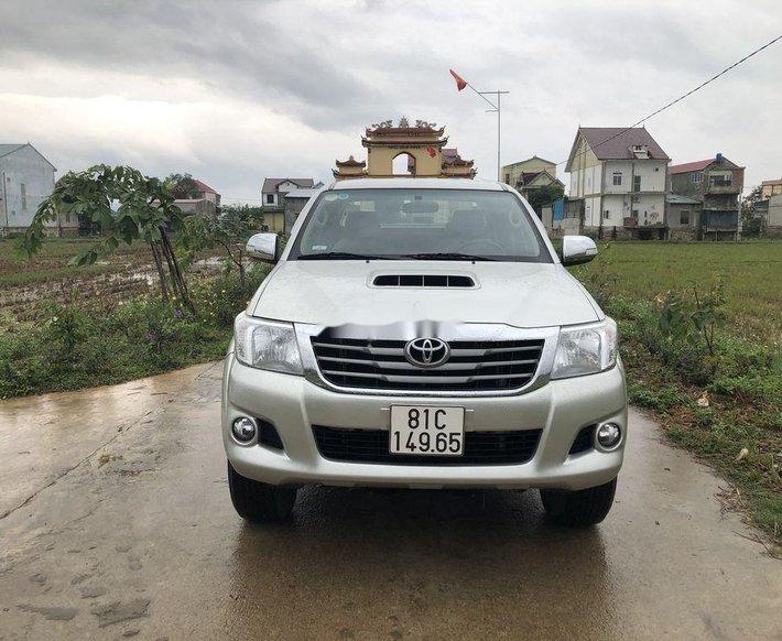 Bán Toyota Hilux năm 2014, nhập khẩu nguyên chiếc còn mới, giá chỉ 450 triệu0