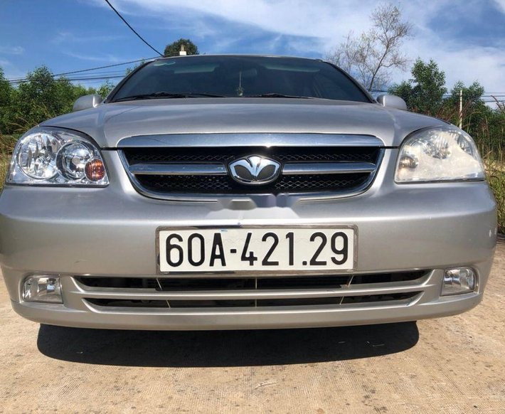 Bán xe Daewoo Lacetti 2010, màu bạc, nhập khẩu còn mới0
