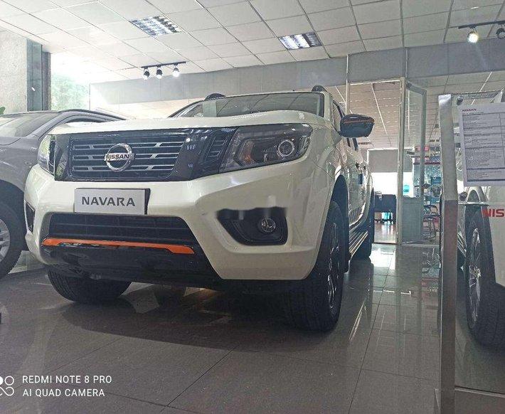 Cần bán xe Nissan Navara sản xuất 2019, nhập khẩu nguyên chiếc, giá mềm0