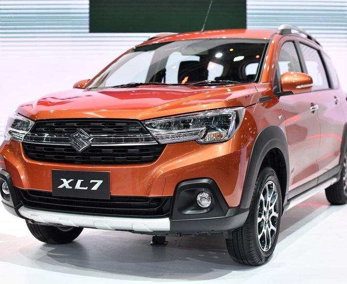 Suzuki XL7 đủ màu giao ngay kèm chương trình khuyến mãi siêu hot0