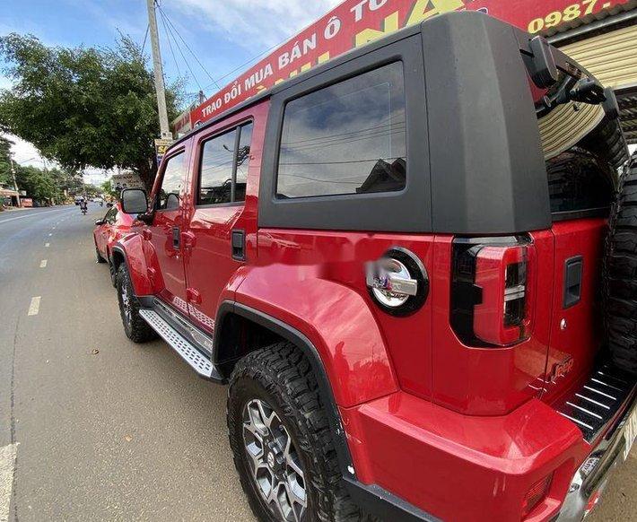 Bán BAIC BJ40 năm sản xuất 2019, màu đỏ còn mới3