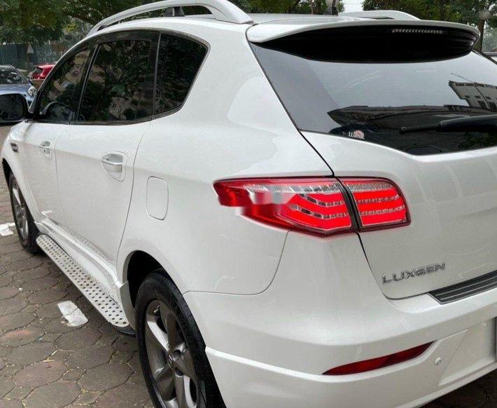 Cần bán gấp Luxgen 7 SUV năm 2016, nhập khẩu còn mới1