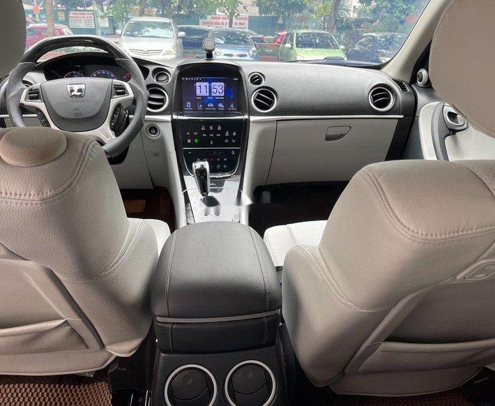 Cần bán gấp Luxgen 7 SUV năm 2016, nhập khẩu còn mới6