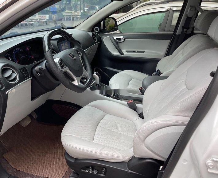 Cần bán gấp Luxgen 7 SUV năm 2016, nhập khẩu còn mới9