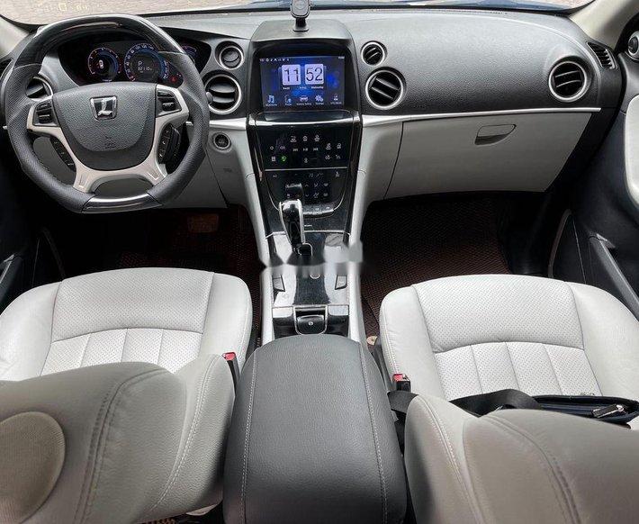 Cần bán gấp Luxgen 7 SUV năm 2016, nhập khẩu còn mới11