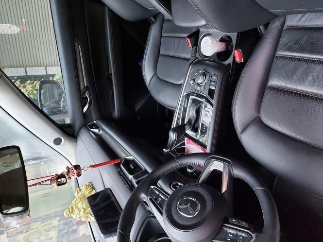 Cần bán Mazda 5 2.0 AT 2WD năm sản xuất 2019, màu trắng, giá 900tr1