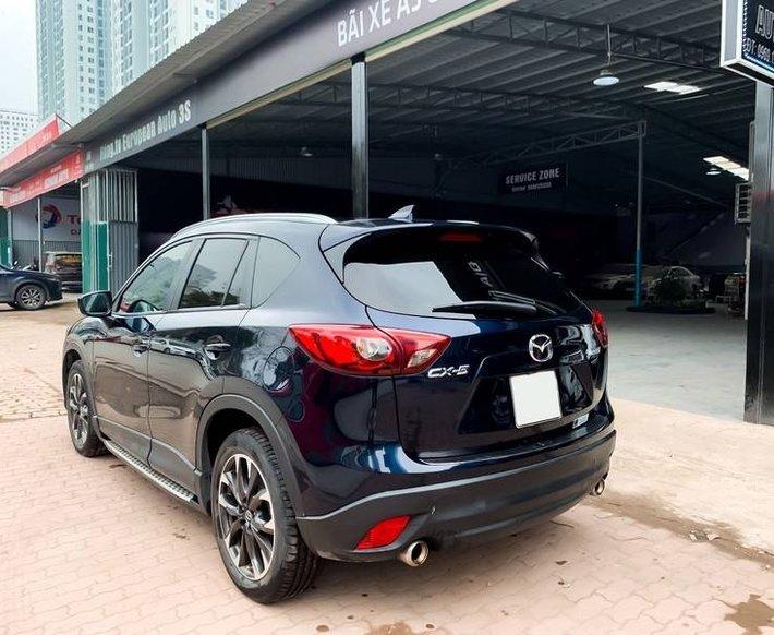 Cần bán Mazda 5 sản xuất năm 2017, màu đen chính chủ, giá tốt2