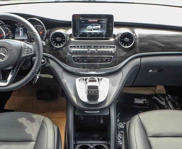 V-Class Mercedes-Benz V250 Luxury, dòng xe MPV 7 chỗ sang trọng, nhập khẩu nguyên chiếc, có xe giao ngay3