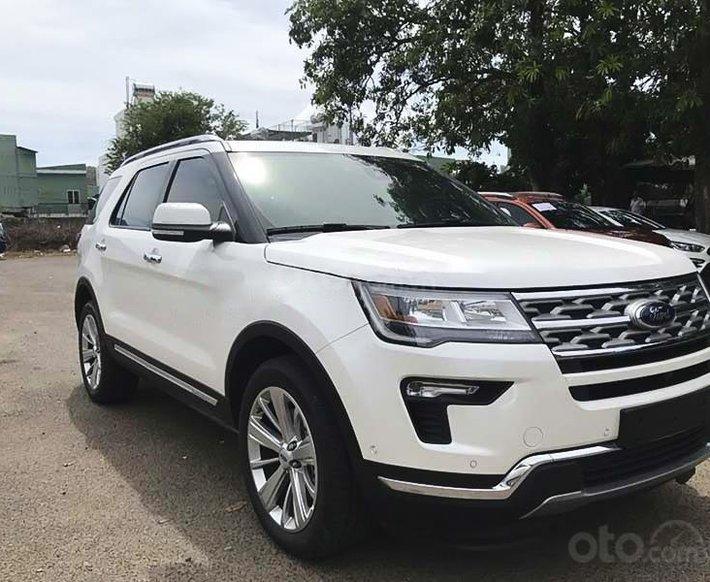 Bán ô tô Ford Explorer Limited năm sản xuất 2021, màu trắng, nhập khẩu nguyên chiếc0