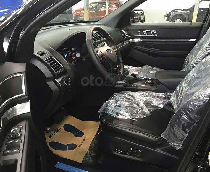 Bán ô tô Ford Explorer Limited năm sản xuất 2021, màu trắng, nhập khẩu nguyên chiếc1