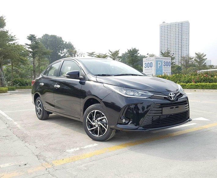 Bán Toyota Vios 1.5G 2021 giá cạnh tranh - xe màu đen giao ngay0