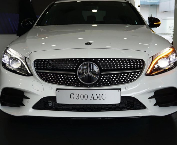 [Tháng 7/2021] Mercedes C300 AMG 2021, giảm tiền mặt trực tiếp cùng quà tặng hấp dẫn0