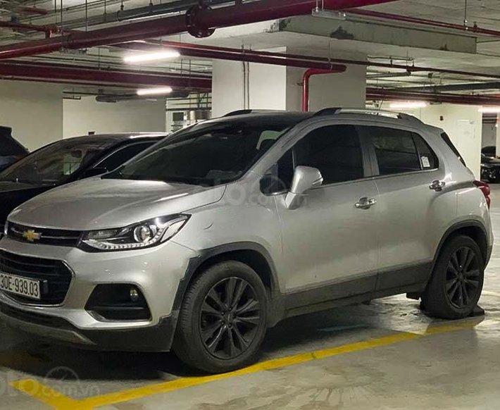 Cần bán gấp Chevrolet Trax sản xuất 2016, màu bạc, xe nhập còn mới, 495 triệu0