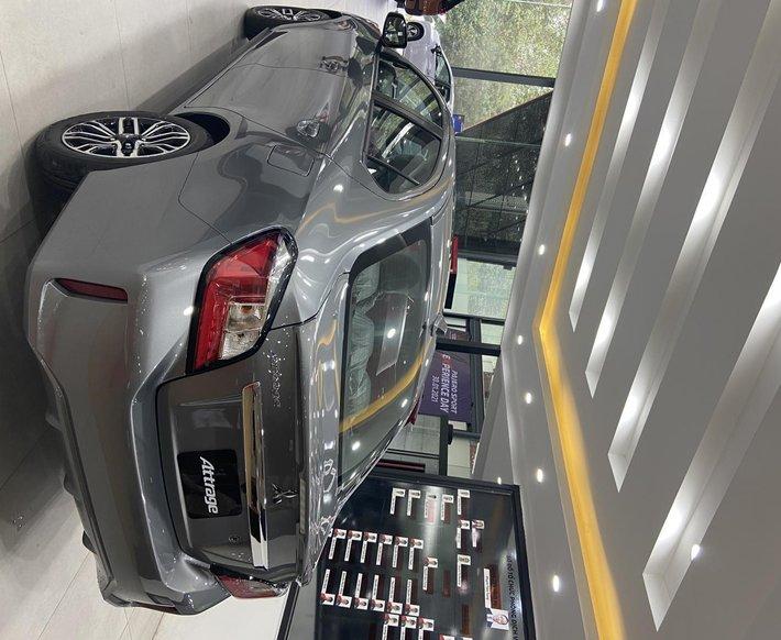 Mitsubishi Attrage Premium khuyến mại 50% thuế trước bạ, giá tốt nhất miền Bắc4