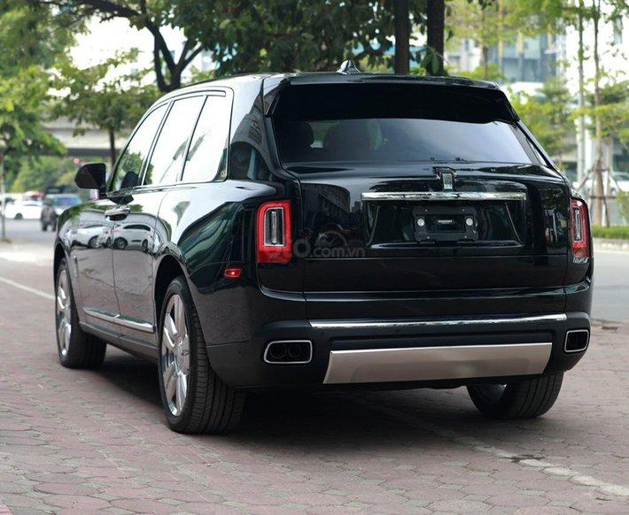 Bán Rolls-Royce Cullinan sản xuất 2021 mới 100%, nhận đặt xe theo yêu cầu6