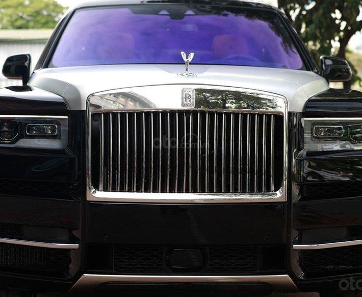 Bán Rolls-Royce Cullinan sản xuất 2021 mới 100%, nhận đặt xe theo yêu cầu4
