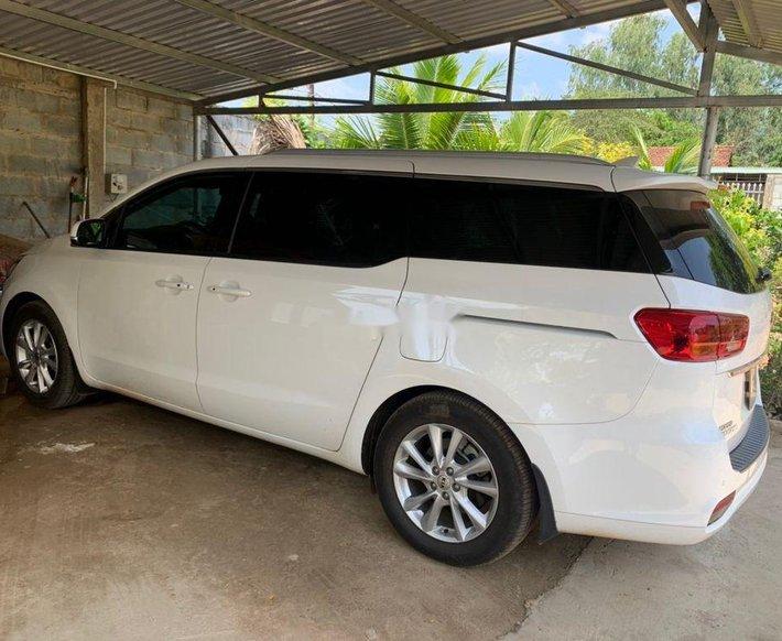Xe Kia Sedona sản xuất năm 2019 còn mới1