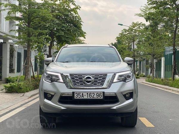 Bán ô tô Nissan Terra E năm 2019, màu bạc, xe mới sử dụng0