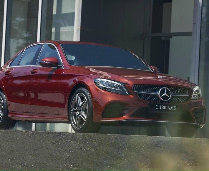 Bán Mercedes-Benz C180 new chỉ 349tr, nhận xe ngay, bank hỗ trợ 80%, tặng 50% thuế trước bạ0