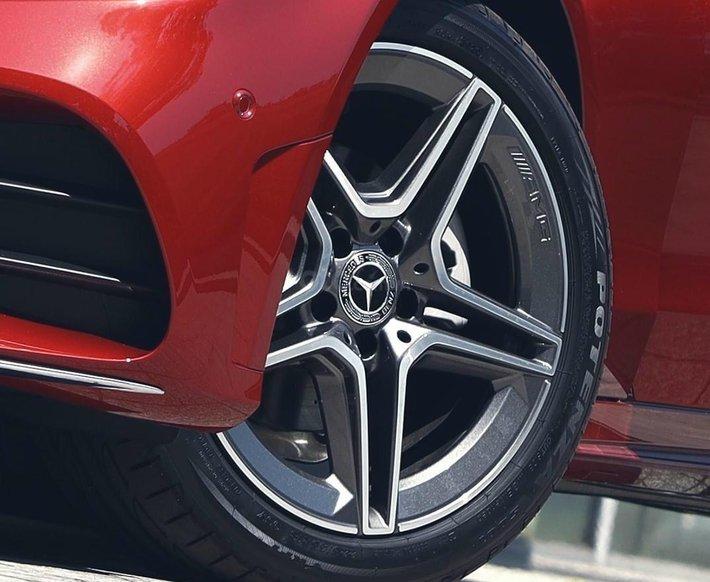 Bán Mercedes-Benz C180 new chỉ 349tr, nhận xe ngay, bank hỗ trợ 80%, tặng 50% thuế trước bạ2