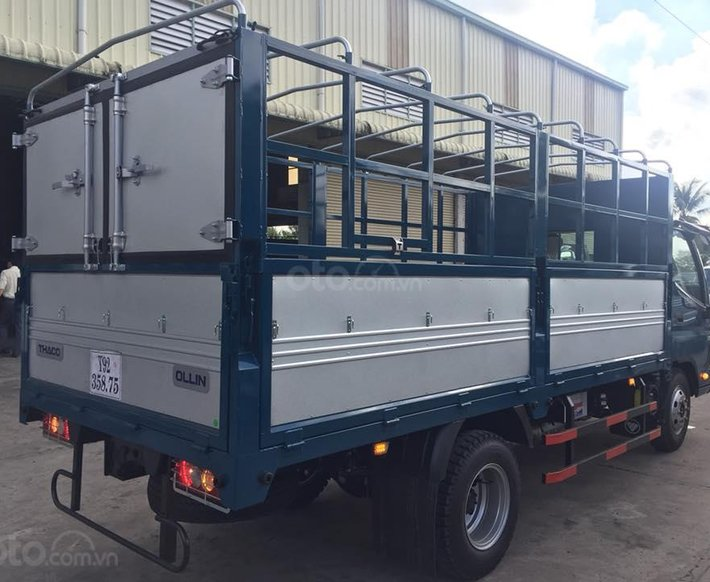 Bán xe tải Thaco OLLIN700 thùng mui bạt năm 20212