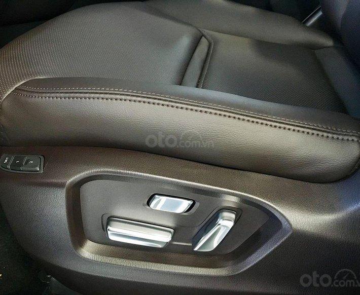 Bán Mazda CX-8 2021, chỉ 240 triệu nhận xe ngay, hỗ trợ vay 90%, nhiều quà tặng hấp dẫn trong T4, giao xe tận nhà giá rẻ nhất Sài Gòn9