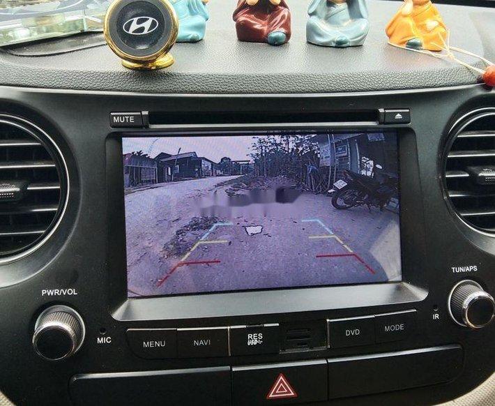 Bán xe Hyundai Grand i10 đời 2019, màu bạc chính chủ, giá tốt2
