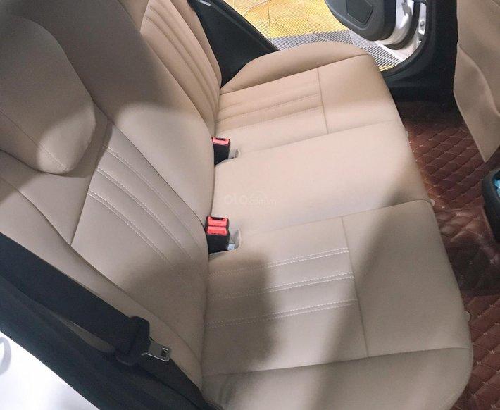 Cần bán xe Ford Fiesta 1.6S năm 2013, màu trắng còn mới5