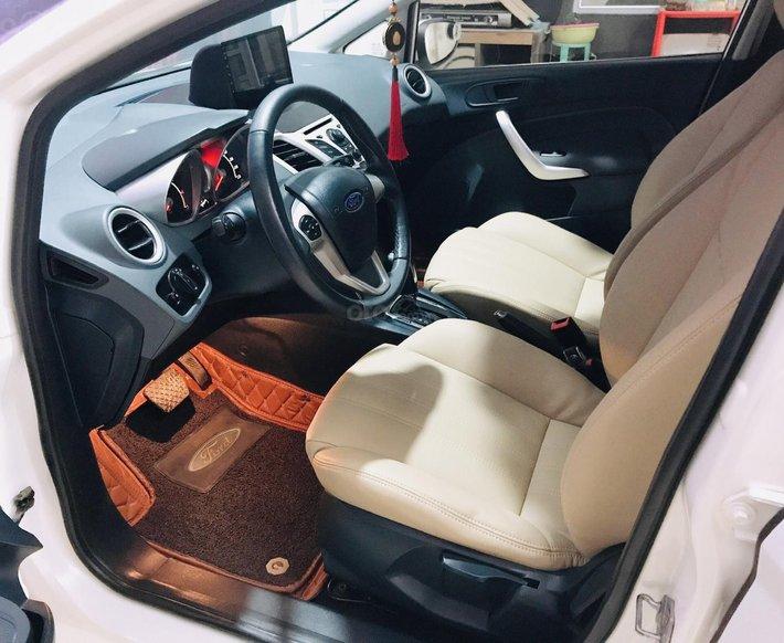 Cần bán xe Ford Fiesta 1.6S năm 2013, màu trắng còn mới8