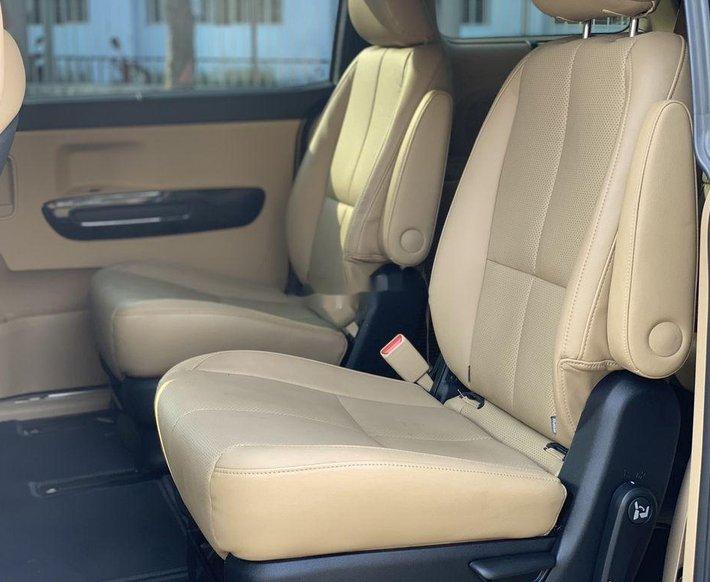Cần bán Kia Sedona năm sản xuất 2019 còn mới10