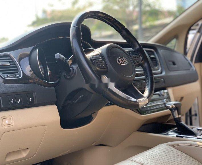 Cần bán Kia Sedona năm sản xuất 2019 còn mới7