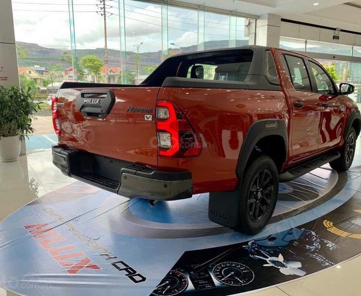 Toyota Hilux 2021 628tr, khuyến mãi full quà góp 85%1