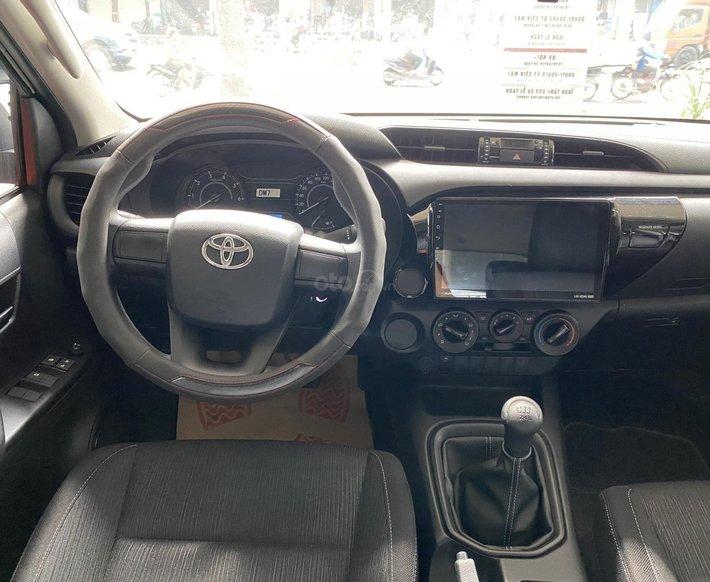 Toyota Hilux 2021 628tr, khuyến mãi full quà góp 85%4