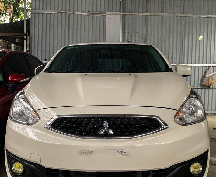 Bán ô tô Mitsubishi Mirage sản xuất năm 2017, màu trắng, giá tốt0